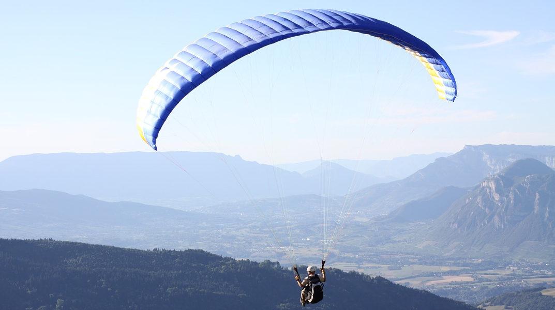 paragliding-1446867_1280